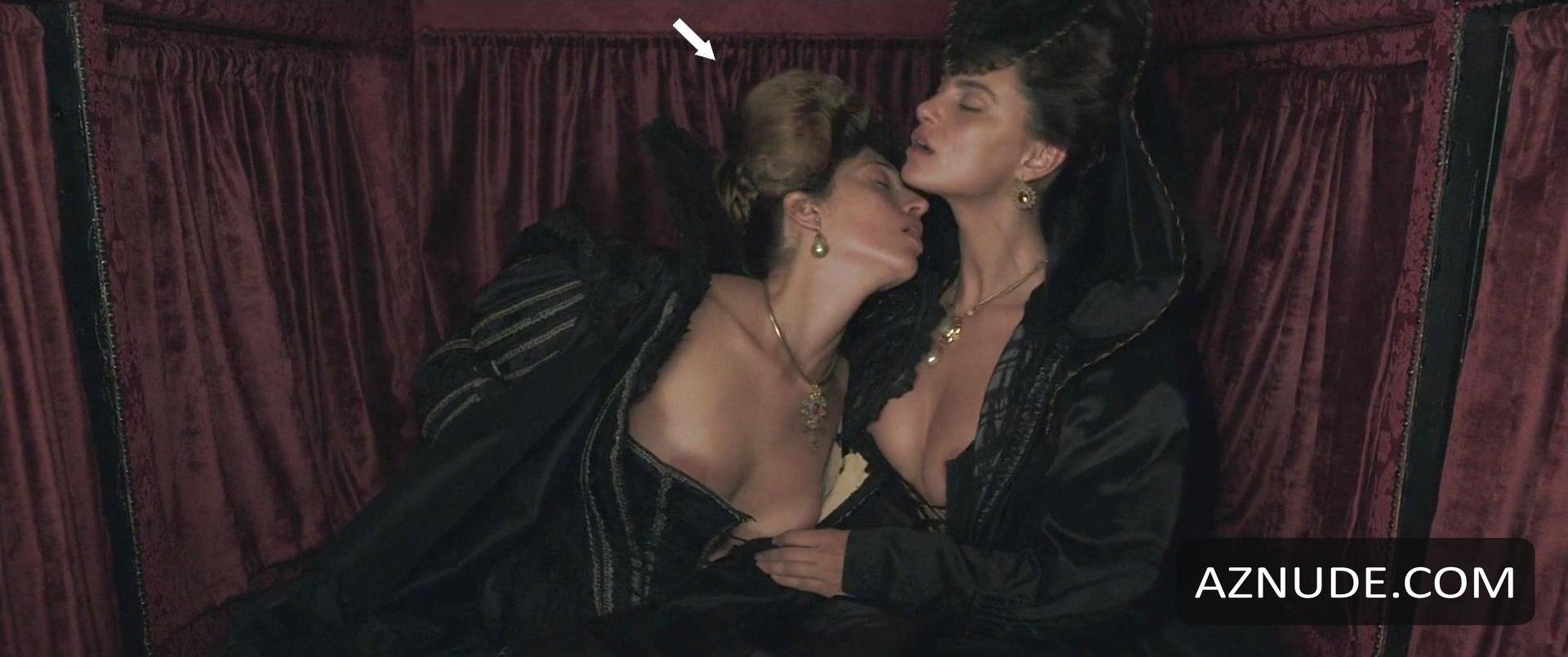 Cynthia Watros Topless Pretty browse celebrity two women images - page 34 - aznude