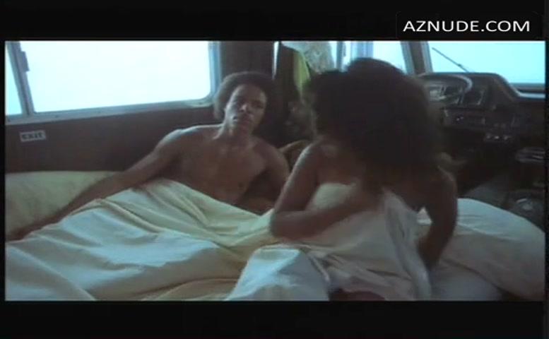 Gloria Delaney Tits