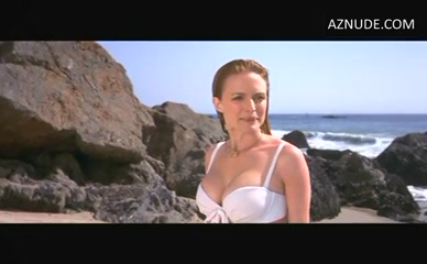 HEATHER GRAHAM in Austin Powers: The Spy Who Shagged Me