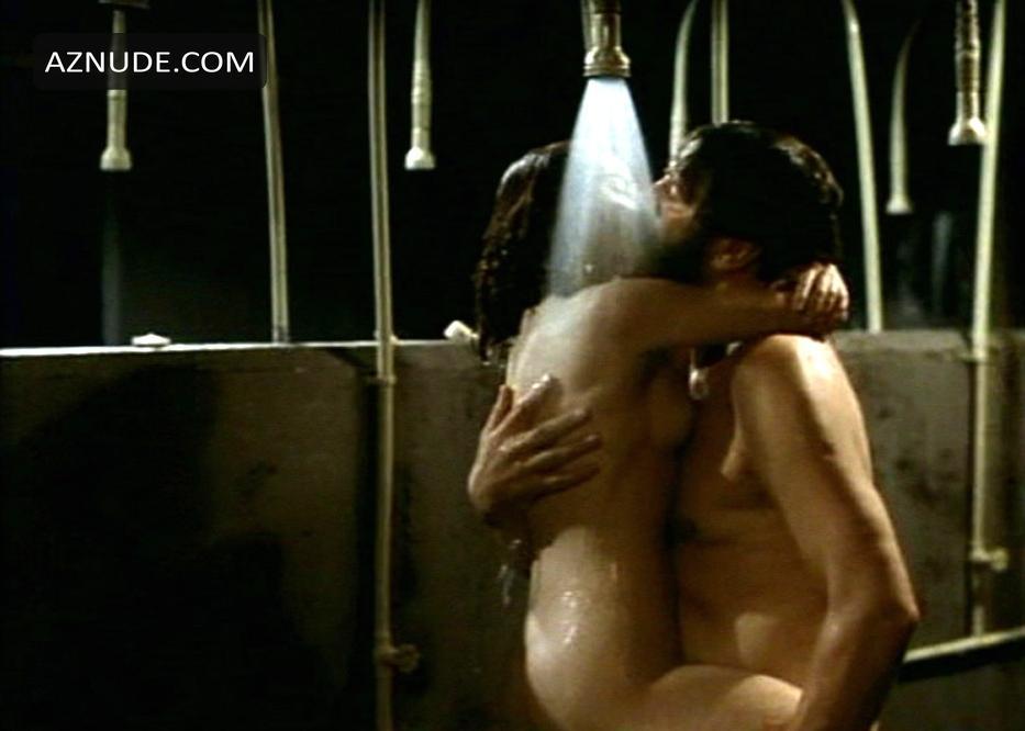 helena bonham carter fight nude