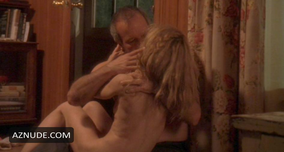 Laura san giacomo and maggie o039neill nude under suspicion - 5 6