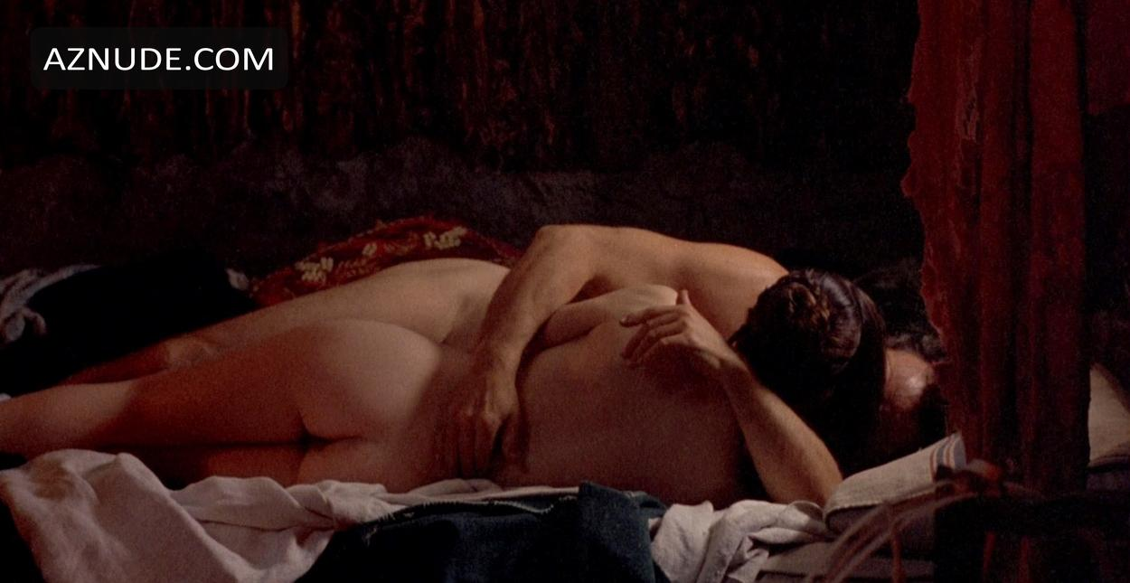 the piano nude scenes