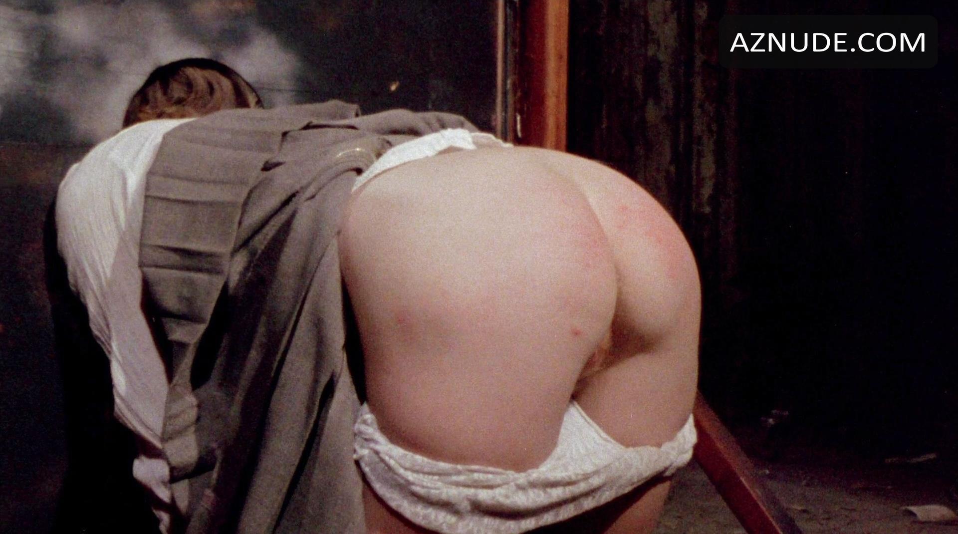 nude photos bello Maria