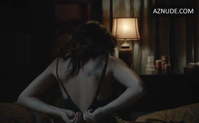 Celeb Hayley Mcfarland Nude Pictures