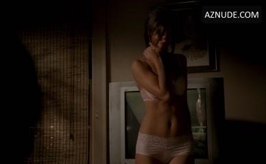 Nude scene lynn sigler Jamie