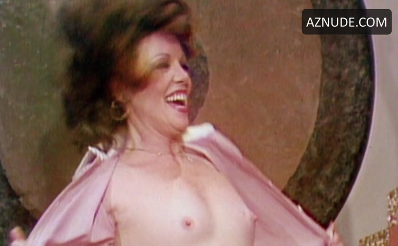 Jaye p morgan flasher boobs
