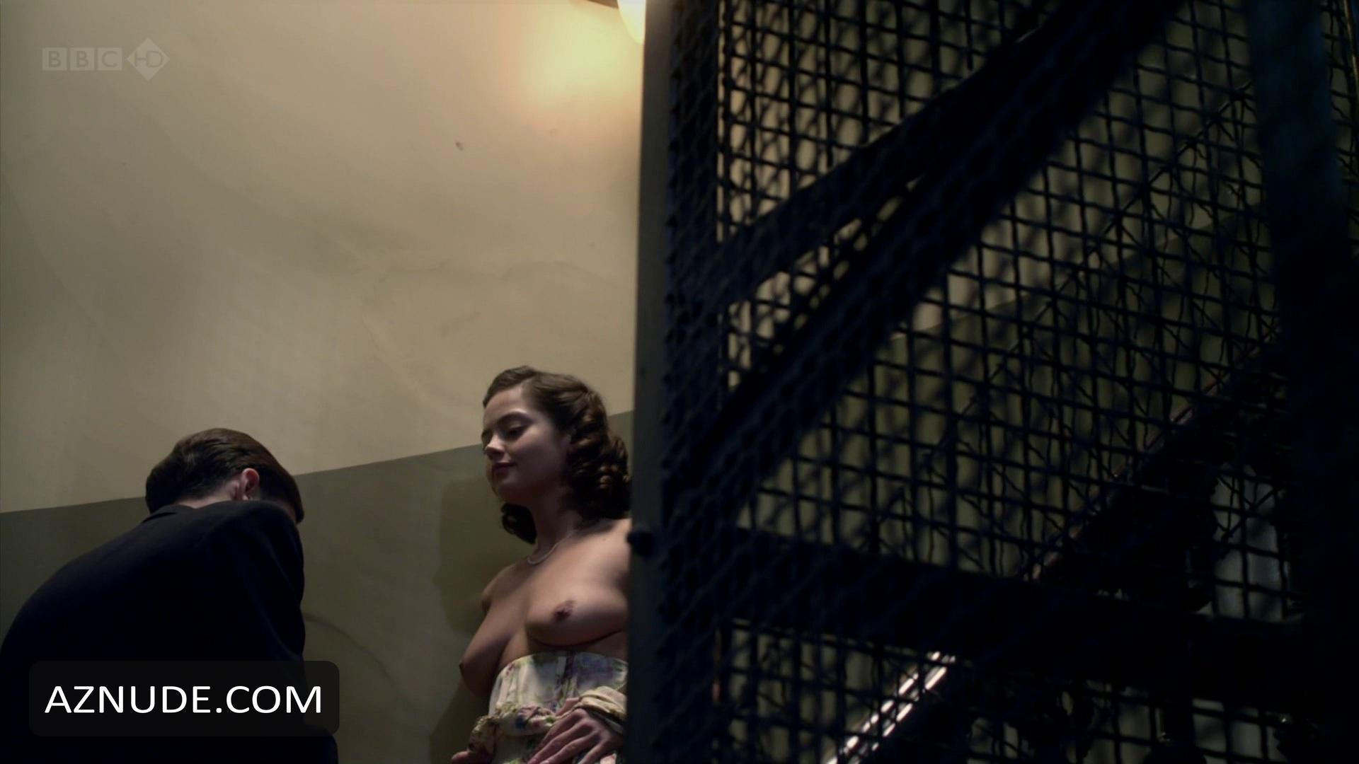 Janet montgomery nude dancing on the edge - 5 5
