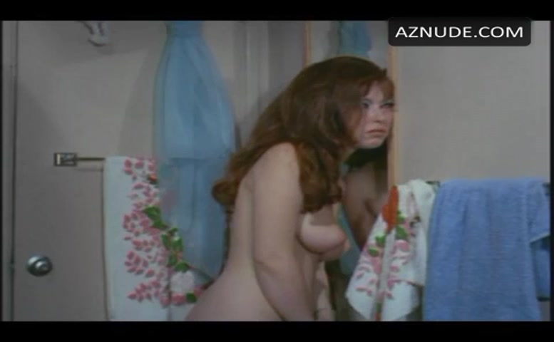 Jennie Lynn Breasts, Bush Scene In Getting Into Heaven -5369