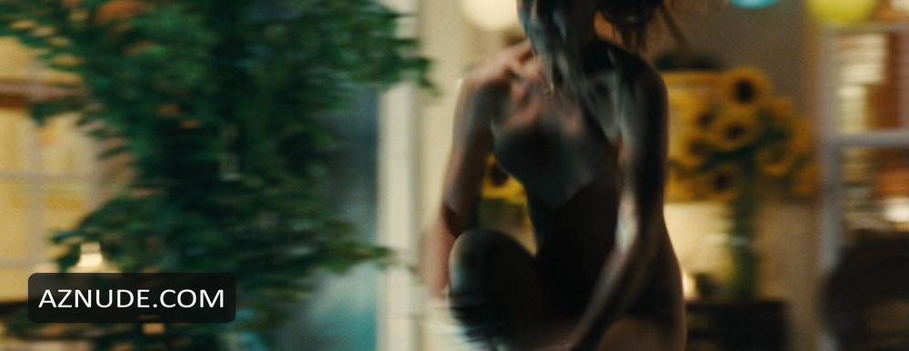 Jennifer aniston nude fucking marley 8
