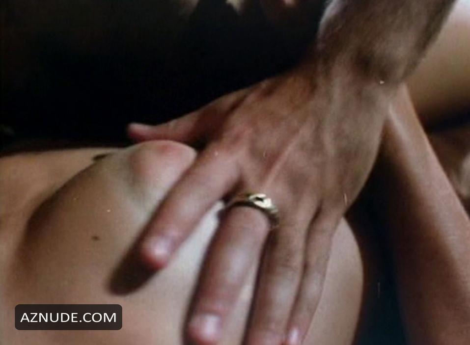 Jennifer hetrick naked
