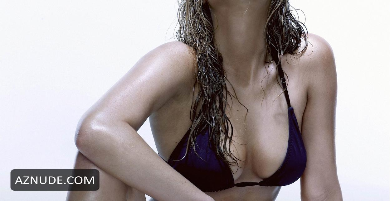 jennifer lawrence bikini shoot