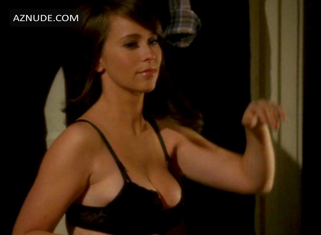 Jennifer Love Hewitt Pron