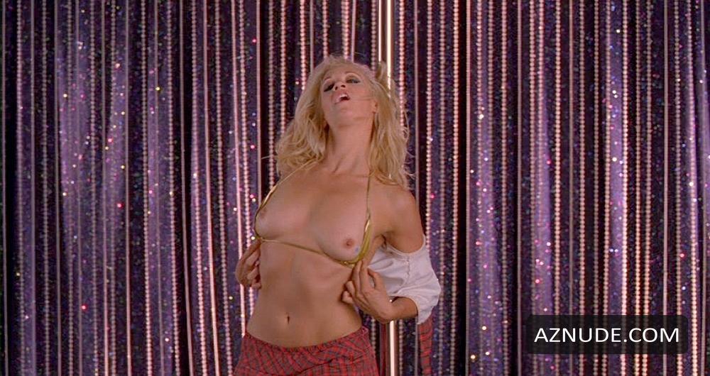nackt Perry Jennifer Jennifer Love