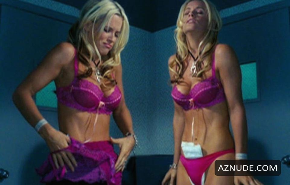 Jenny mccarthy nude in plaboy 2003