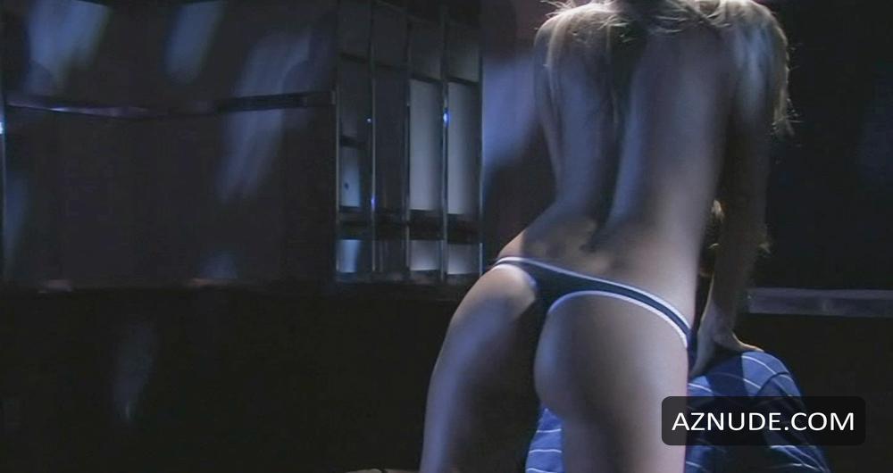 Jessica Barton  nackt