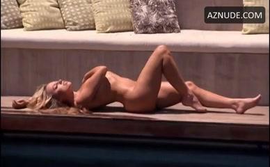 kendra wilkinson nude scenes