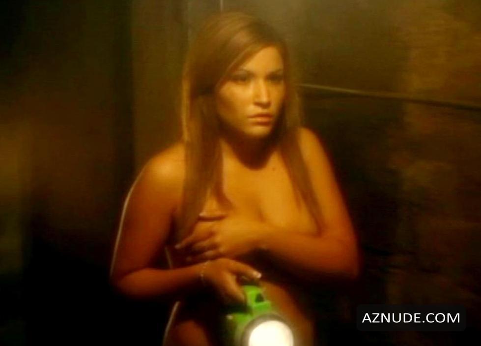 Sexy Alix Koromzay Nude Pics