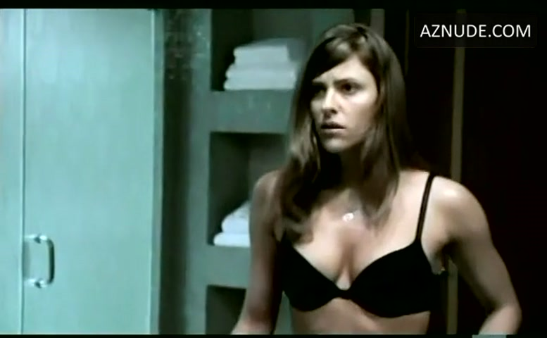 jennifer anniston naked in movies