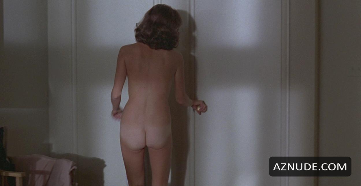 Porn archive Skin diamond squirts on dildo machines