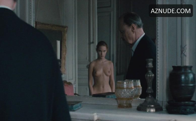 Judith godrèche nude
