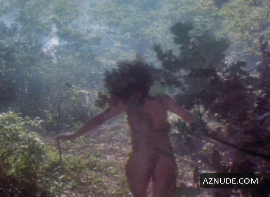 mallika sherawat hot in bikini