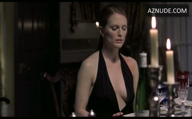 Julianne moore in maps to the stars - 1 part 2
