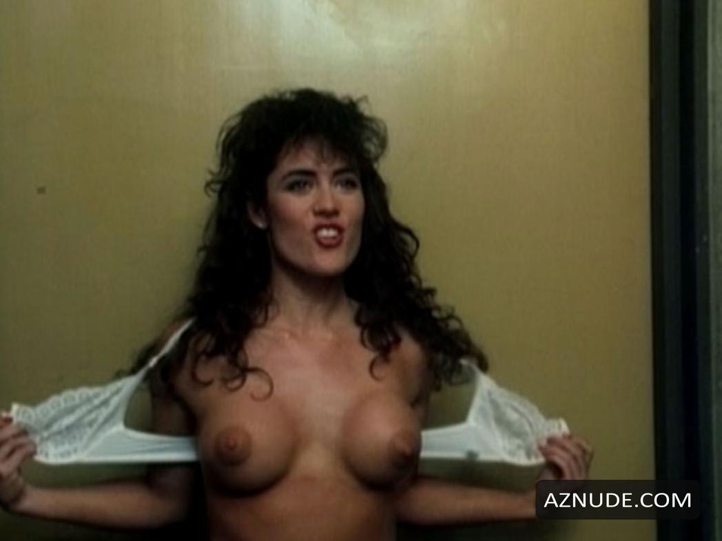 Julie Gray  nackt