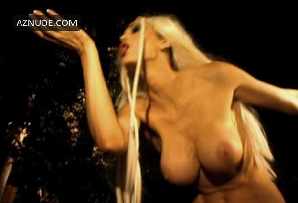 Warm Julia Strain Nude Video Images