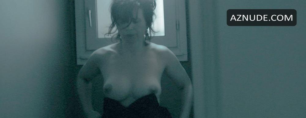 elles nude scenes aznude