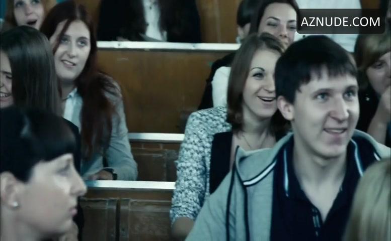 Karina Zvereva  nackt