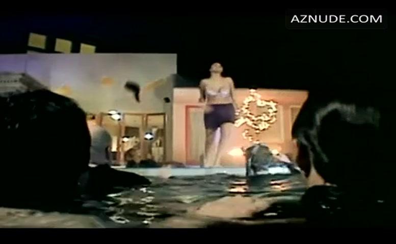 karyn parsons sex scene