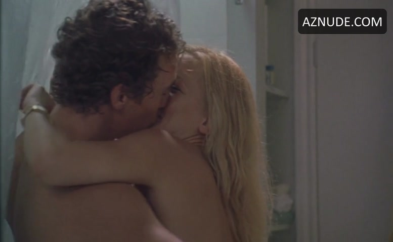 Kate Hudson Sexy Scene In How To Lose A Guy In 10 Days -9504