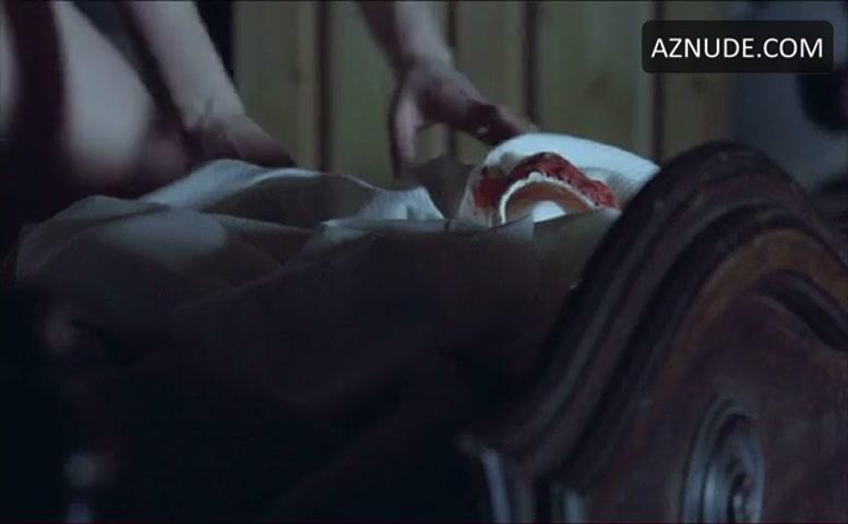 Katharine isabelle sex scene download, betroom mom nude