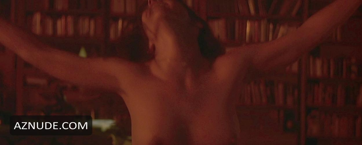 Kathleen quinlan nude tits and ass