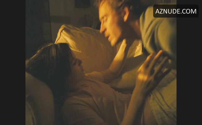 Katie Jarvis Bush Scene In Fish Tank - Aznude-7486