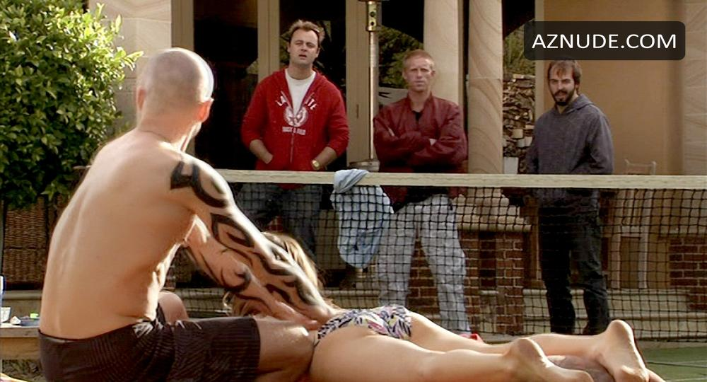 Kat nackt Stewart Offspring stars