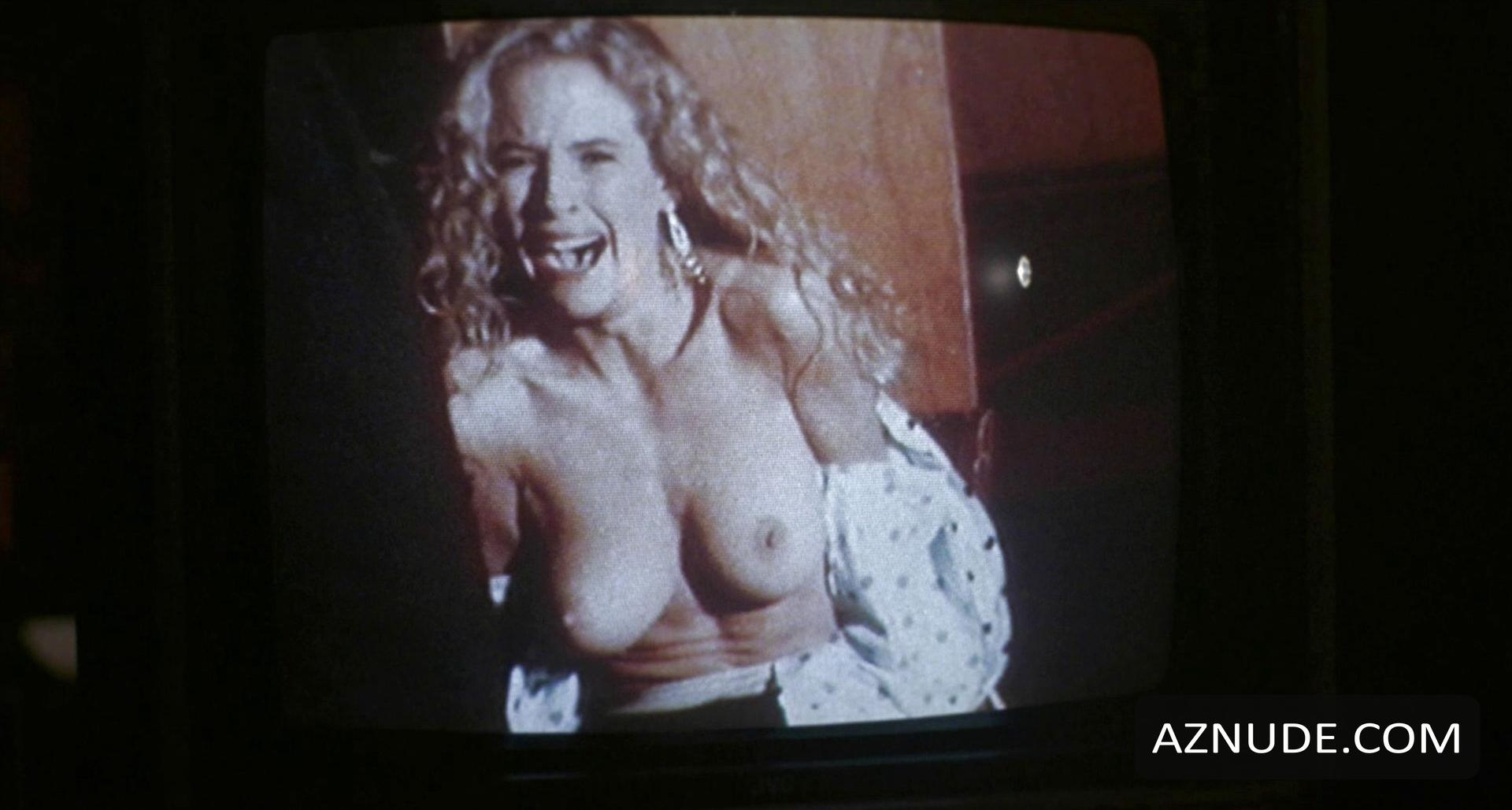 Kelly Preston Nude Pics Photo