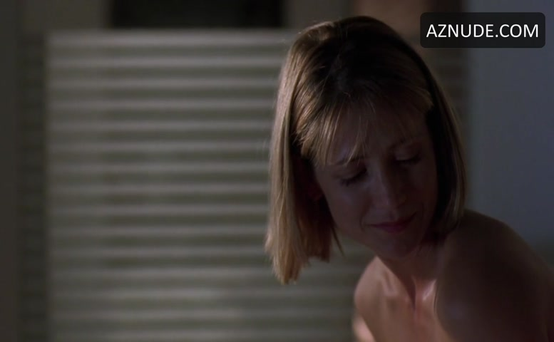 kelly-rowan-sex-scene
