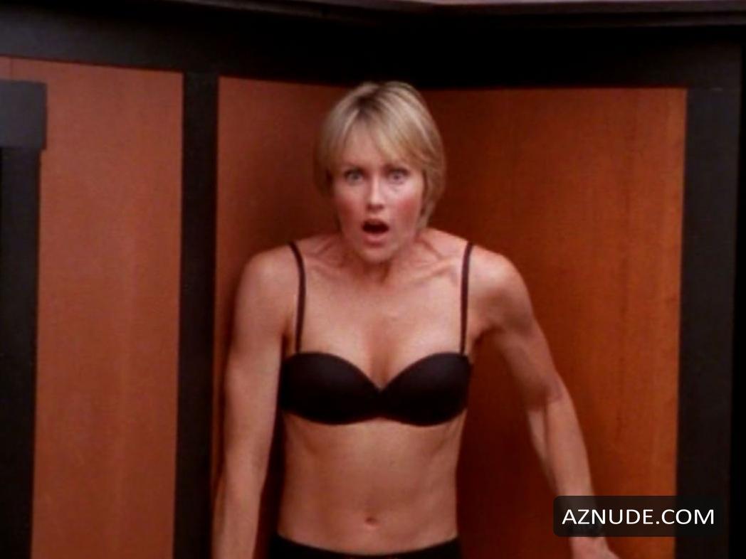 nude-kimberly-foster-arbic-nude-saxy-girl