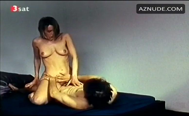 Suni Daze  nackt