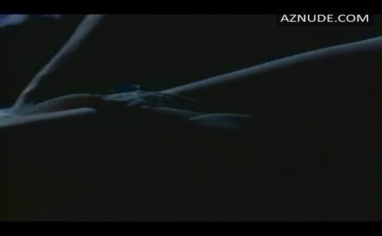 Nackt  Kristen Knittle ANCENSORED >