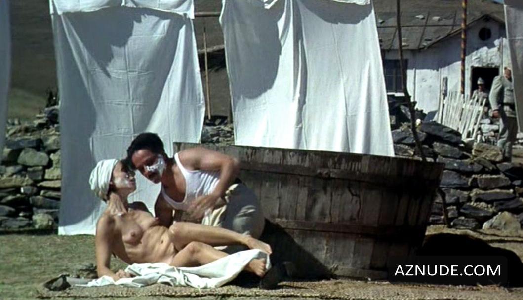 An Unforgettable Summer Nude Scenes - Aznude-5225