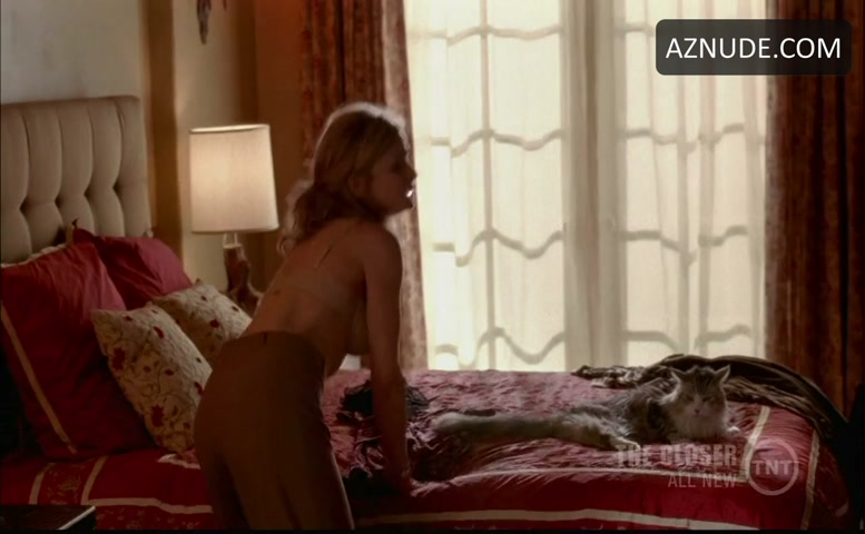 Naked kyra sedgwick in the closer ancensored