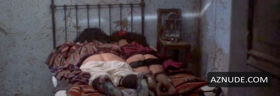 Ashley tisdale vanessa hudgens naked