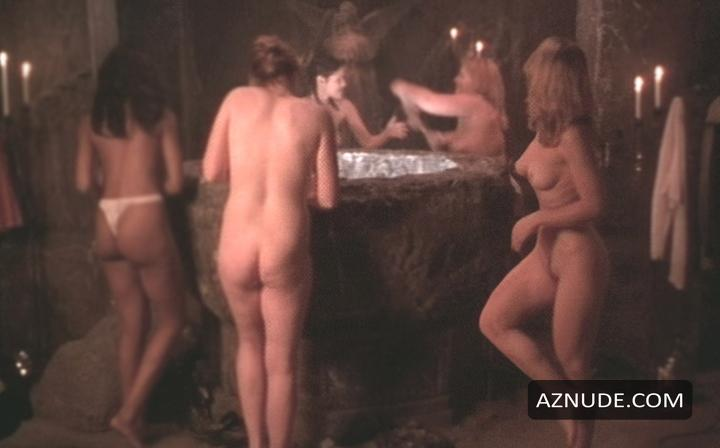 naked nude female witches