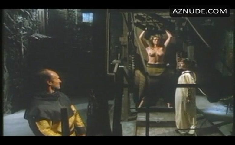 Nude barbarian scene queen