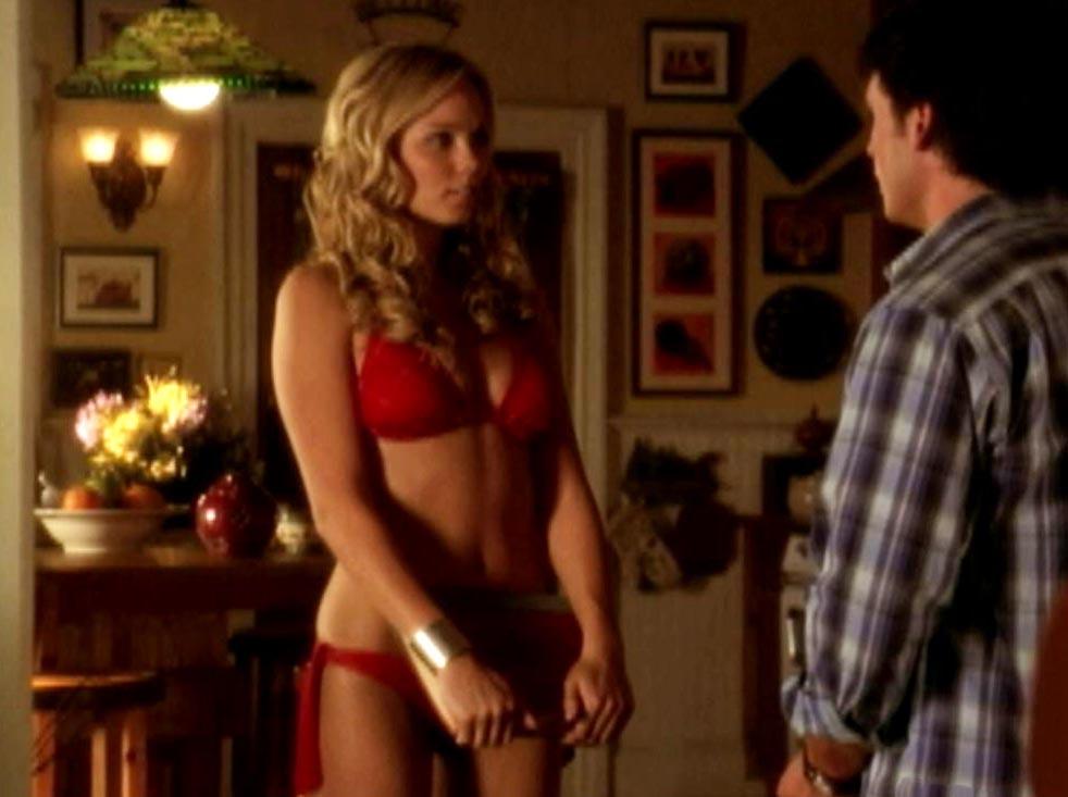 Smallville Nude Scenes - Aznude-4719