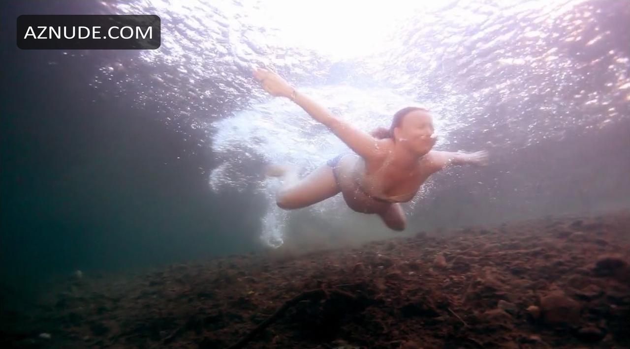 Stars Sophia Bush Nude Video Gif