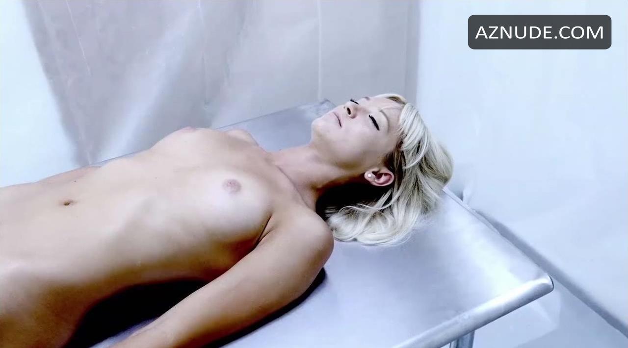 Lauren Lakis  nackt