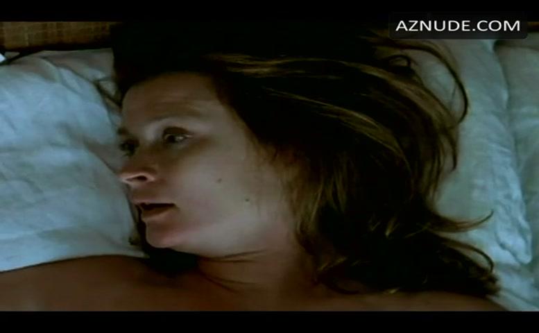 Lena Endre  nackt